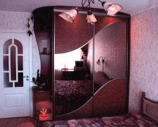 Шкаф-купе в спальню 18