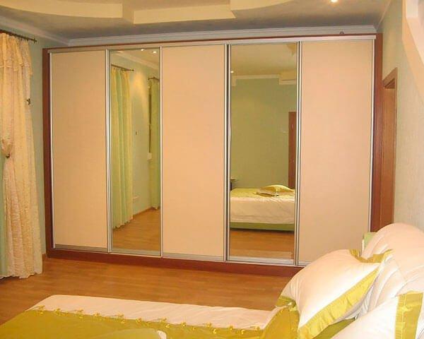 Шкаф-купе в спальню 14