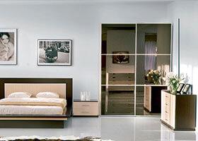 Шкаф - зеркало бронза с разделениями шир. 1.5 выс. 2.5 глуб. 0.6 цена 628 30 руб.